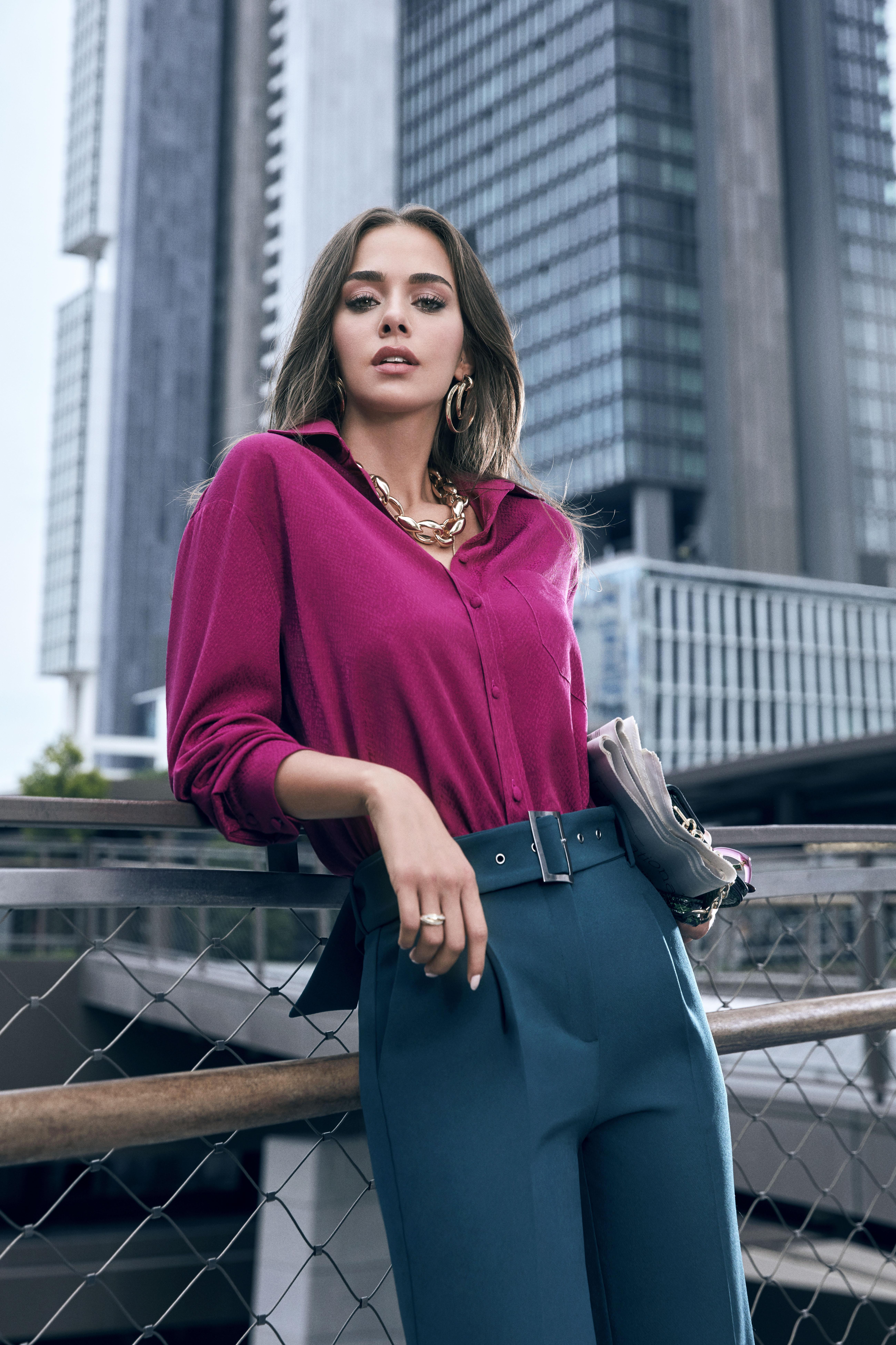 Koton Yeni Sezona İddialı Pantolon ve Bluz Tasarımlarıyla Giriş Yapıyor